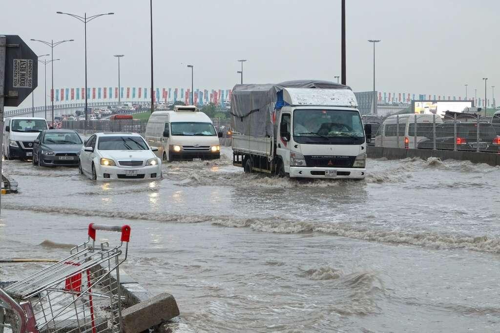 Rain, unstable weather, employees, Ministry, Flexible work hours employee