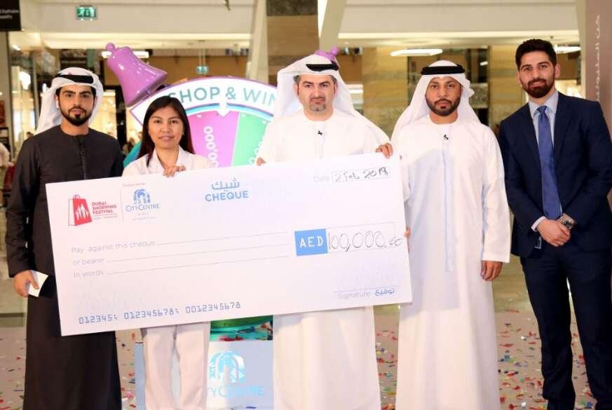 Filipina nurse wants to help worker after winning Dh100,000 in Dubai Shopping Festival