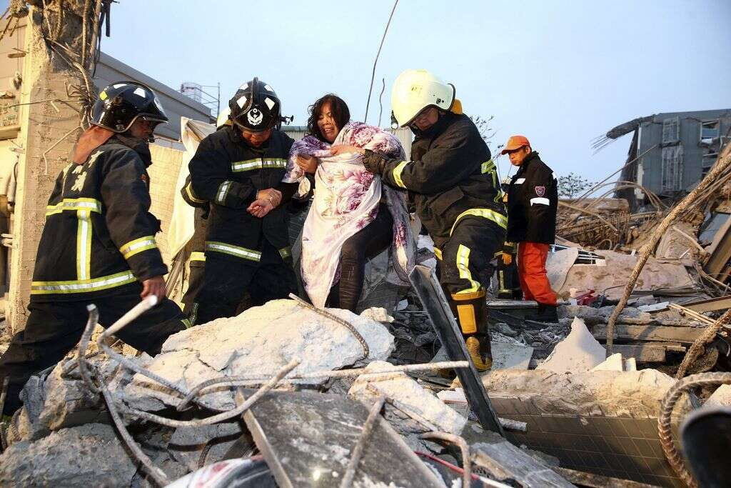 The Latest: Death toll rises to 11 in Taiwan quake