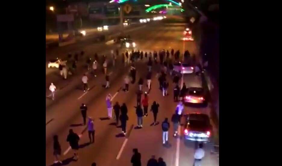 Driver, traffic, blocks, Houston, stunts