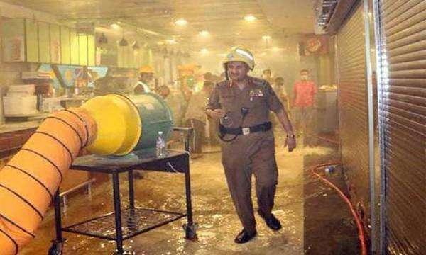 1,000 evacuated as fire hits Makkah hotel - Khaleej Times