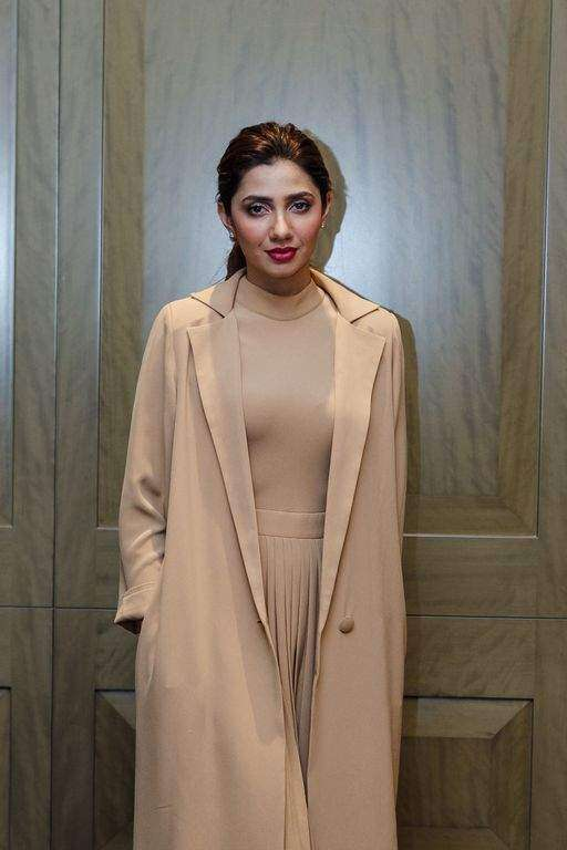 If there is a ban in India, I respect it: Mahira Khan