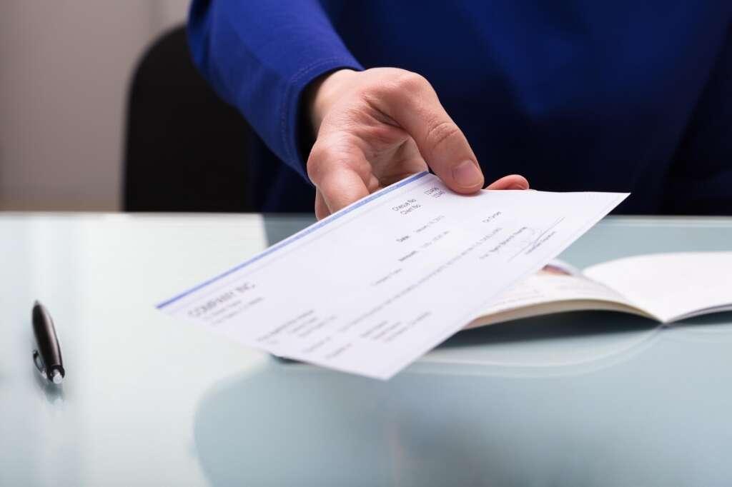 bounced cheque, legal view, uae law, dubai law