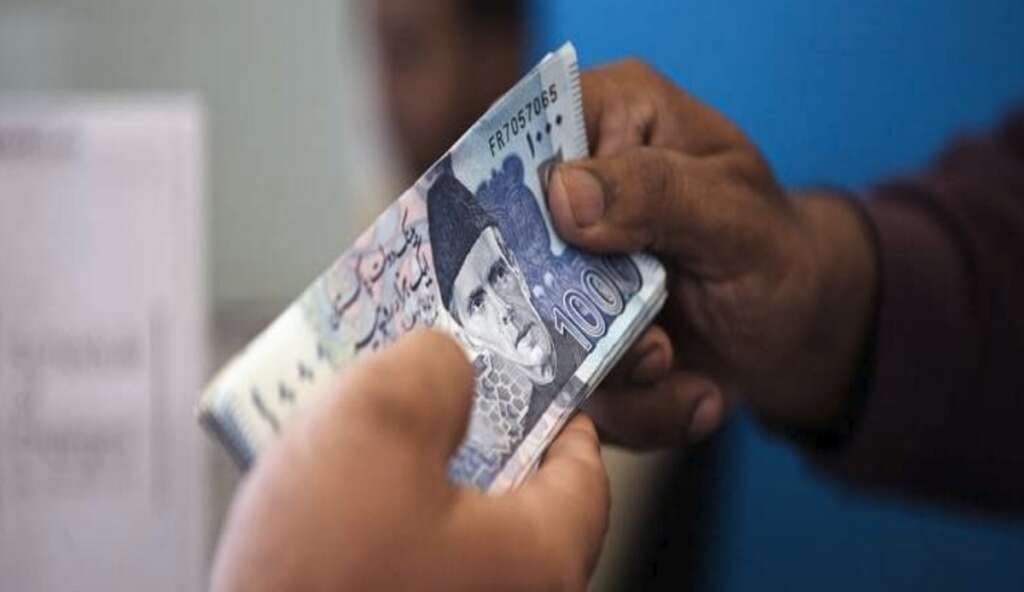 UAE comes to Pakistans rescue with $3b bailout package