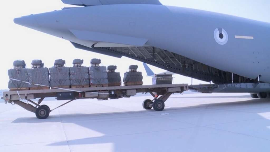 Arab Coalition announce success of first food, water drop trial in Yemen