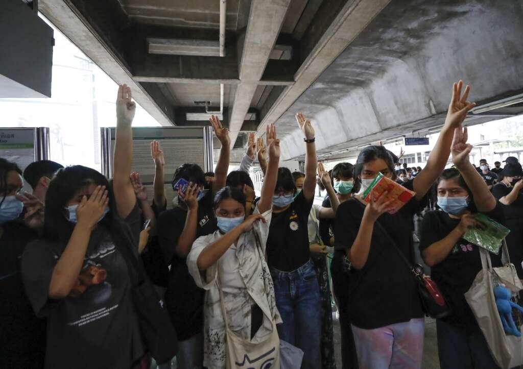 Bangkok,  transit systems, protesters