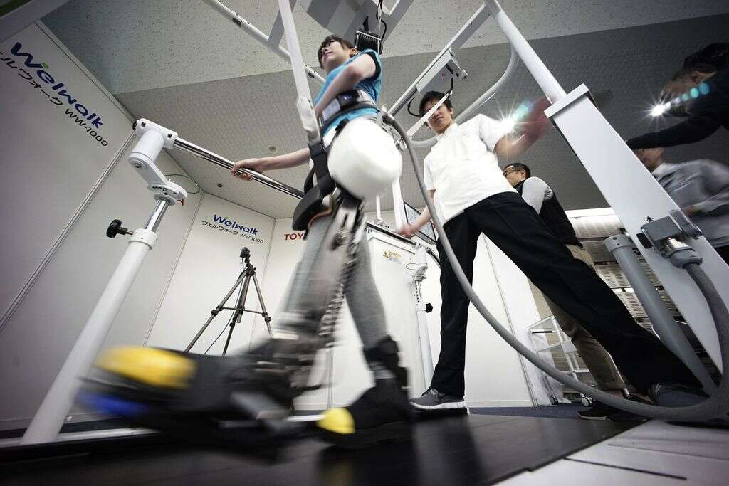 Robotic leg brace to help paralysed people - Khaleej Times