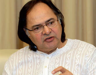 Farooq Sheikh's death in Dubai shocks fans