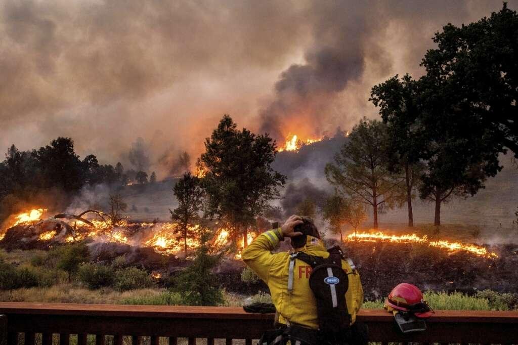 California, lightning strikes, fires