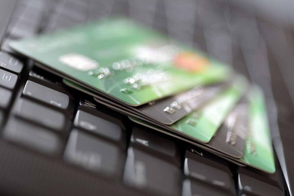 legal view, debt, loan, UAE, expat, credit card, law