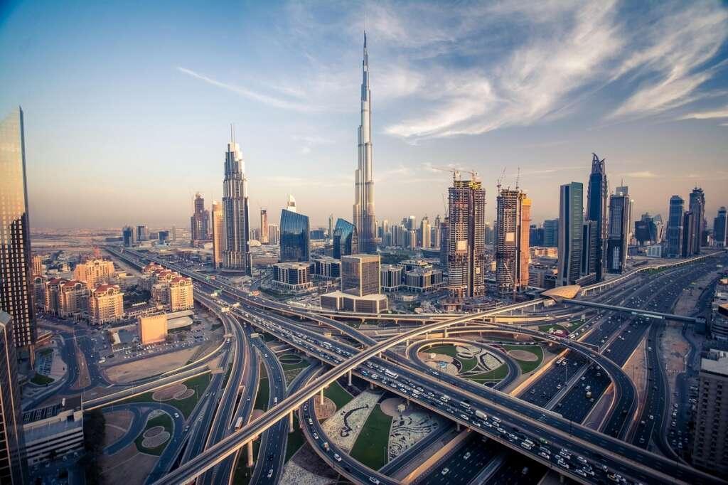Dubai, villa, real estate, Palm Jumeirah, Emirates Hills, Luxhabitat