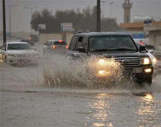 Saudi Arabia schools shut as flood  toll rises to seven