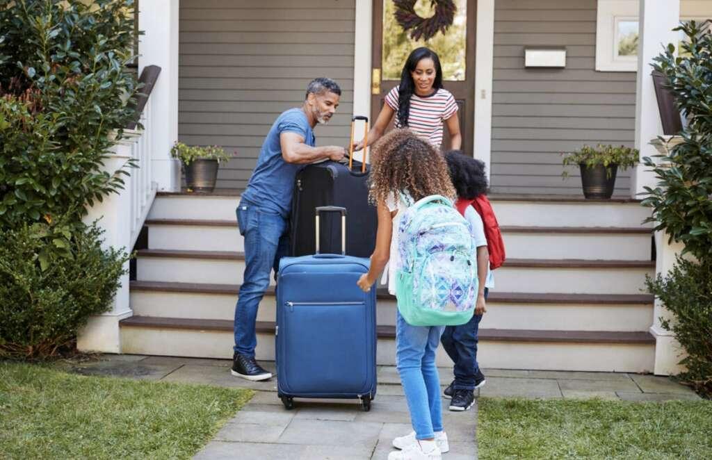 Combating, covid19, coronavirus, ban on leisure travel, families, UAE,  vacation plans