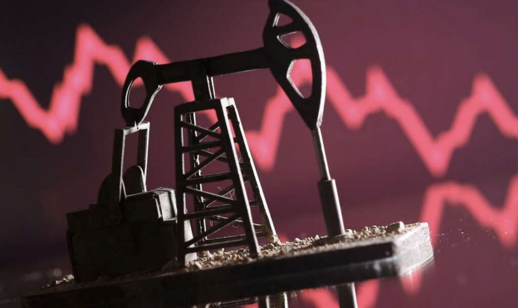 Oil prices mixed as coronavirus concerns undercut support from lower US crude stocks