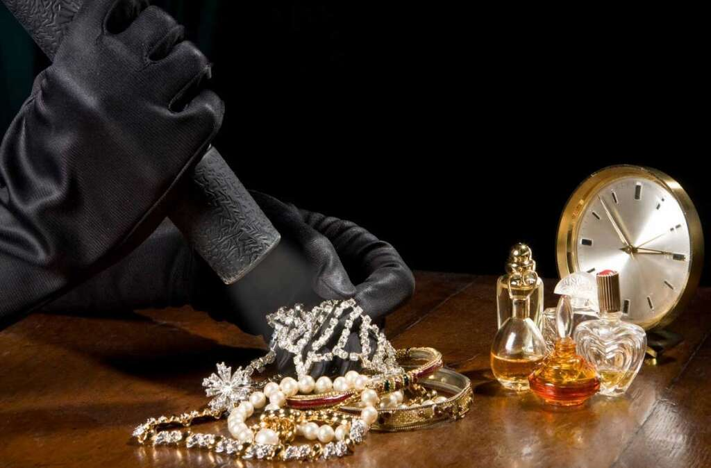 Maid, jailed, stealing, sponsor's jewellery, clothes, UAE, Ajman Criminal Court,