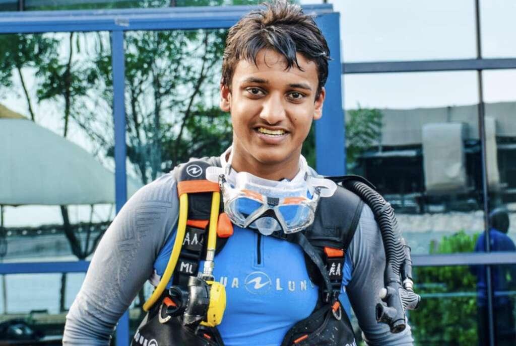 scuba diver, seabed, Dubai student