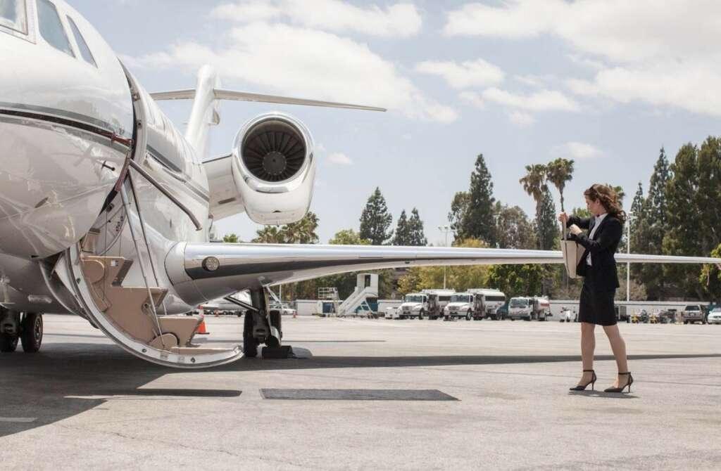 Combating, coronavirus, How much, cost, hire, private jet, UAE