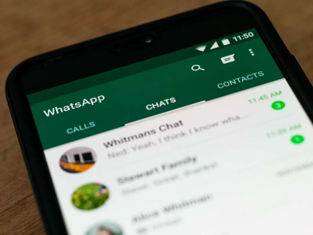 WhatsApp group chat, group chat admin, privacy setting