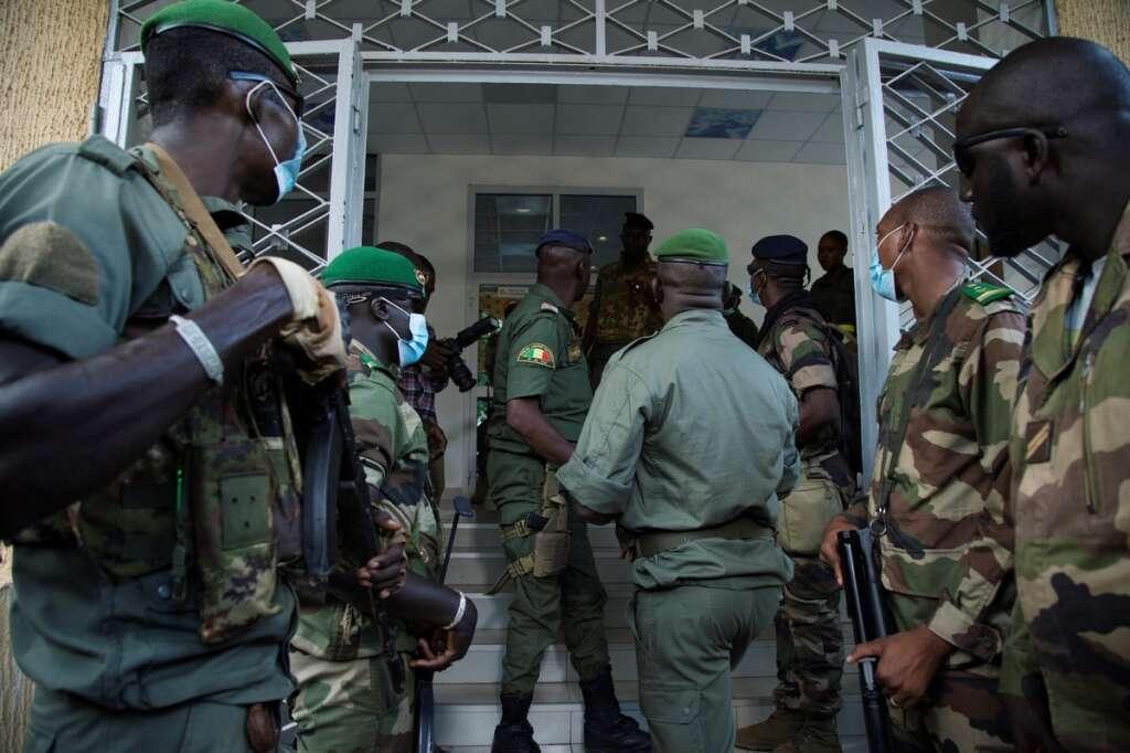 mali, military, junta, transitional government, president ibrahim boubacar keita, detention, west africa