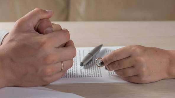 Woman on honeymoon seeks divorce from cheap husband in UAE