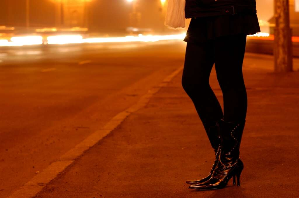 Indian, Pakistani jailed for robbing prostitute in Dubai