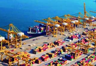 Dubais non-oil trade hits Dh647b