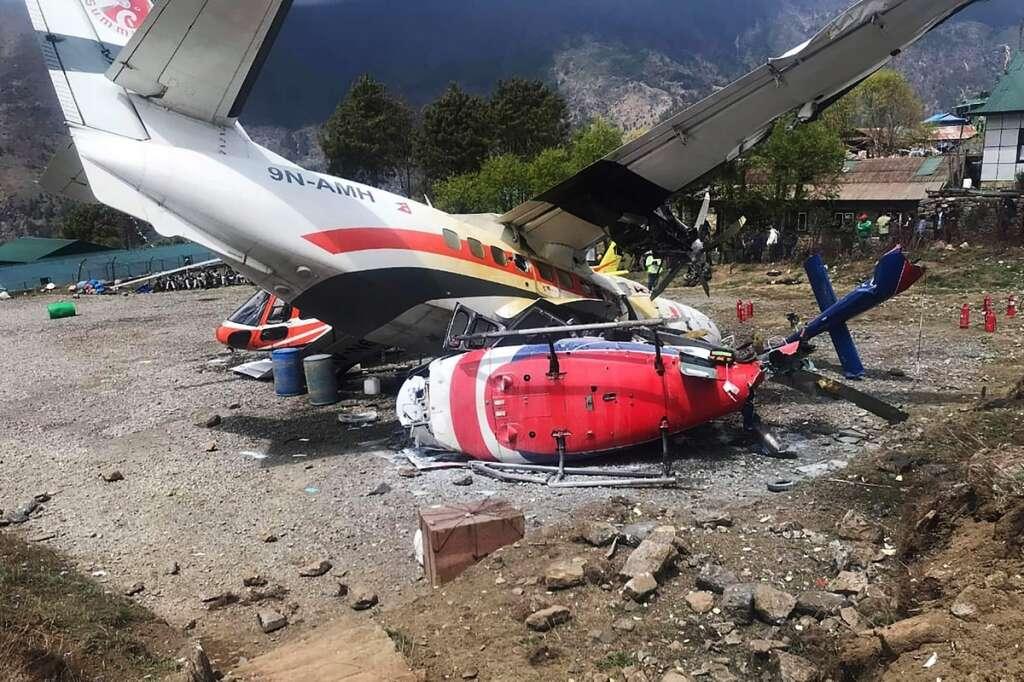 3 killed, 4 injured in Mount Everest plane crash - News