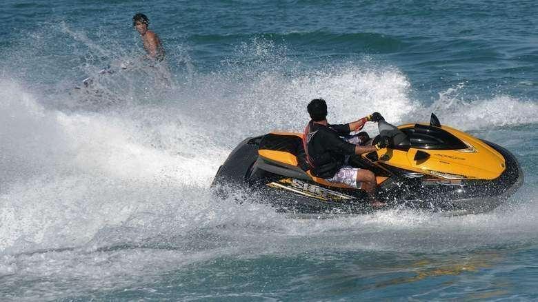 04663e7f7 Sharjah cracks down on firms flouting jet ski rules - Khaleej Times