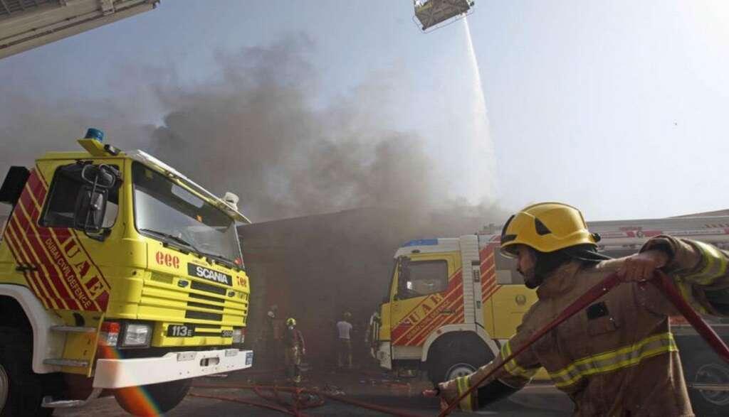 Firefighters put out blaze at Dubai construction site - News