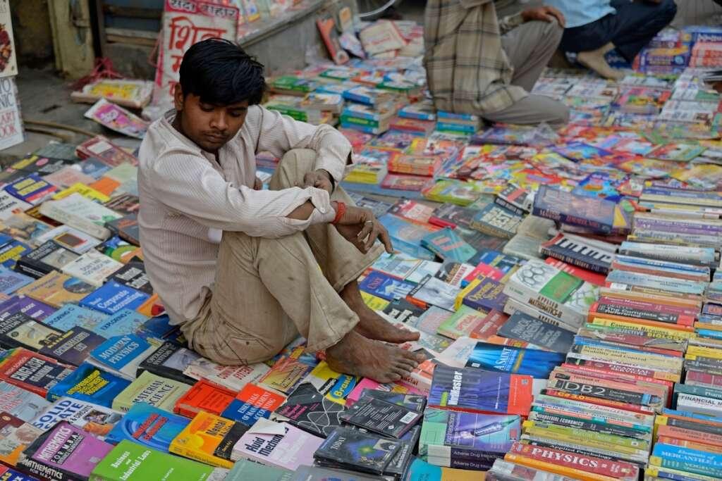 Daryaganj, lockdown, book shops, coronavirus, covid-19, Ansari Road