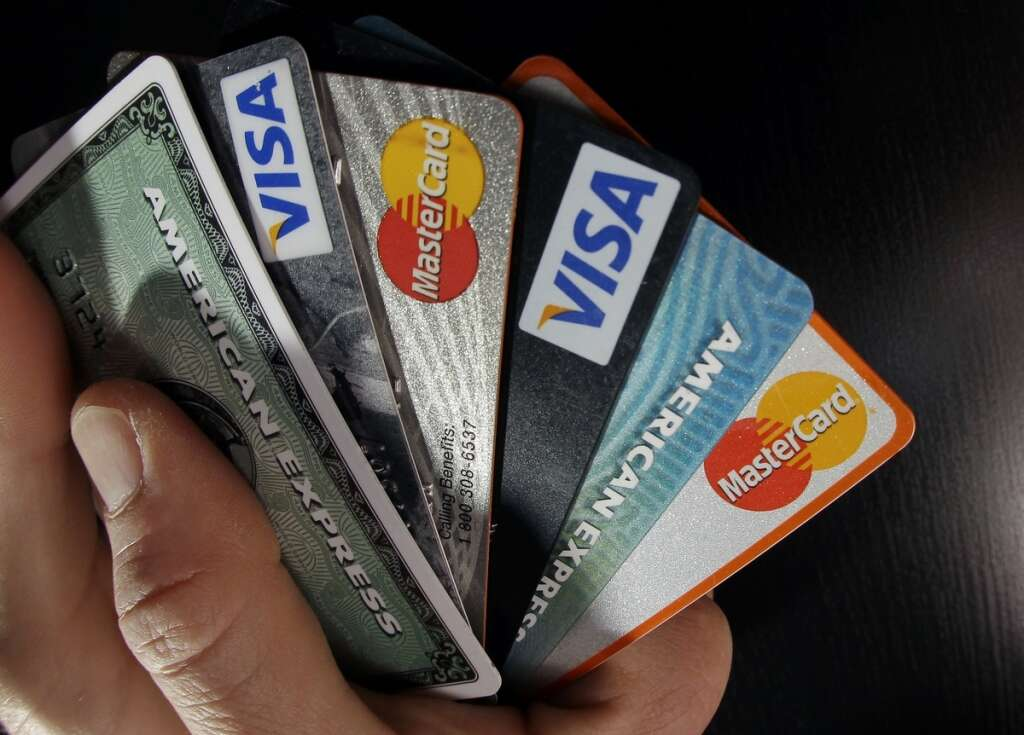 How to choose a perfect credit card for your needs in uae khaleej how to choose a perfect credit card for your needs in uae khaleej times reheart Images