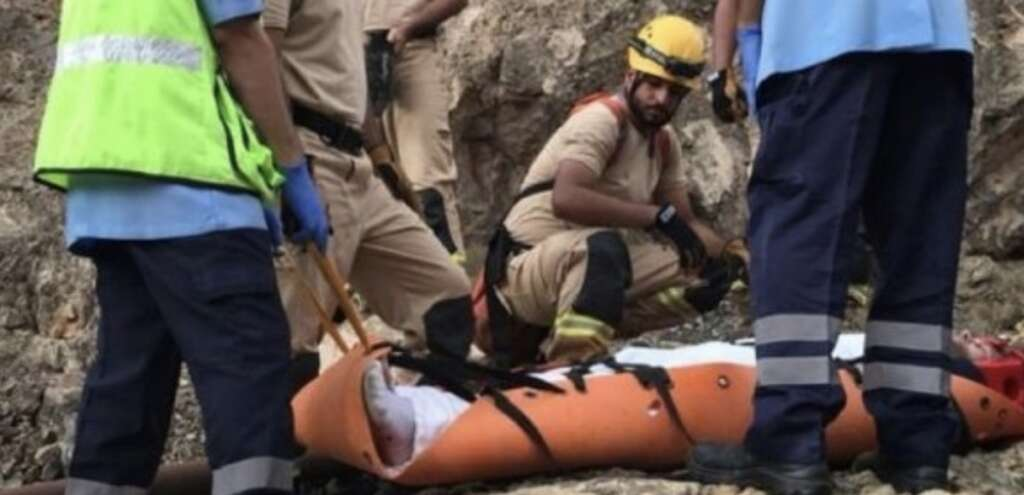 man, rescued, mountain, trapped, oman, trapped in mountain