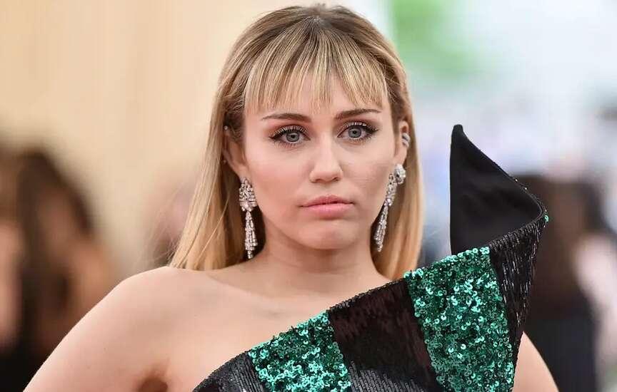 MIley Cyrus, Music, MTV VMA, sexist