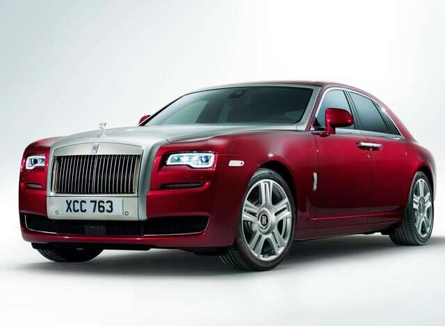 Rolls-Royce hosts 'The Cube' exhibition in Dubai Mall