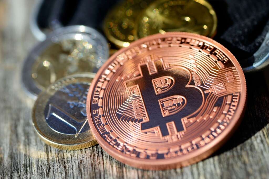 Emirati defrauded of Bitcoin currency worth Dh1.5m in Dubai