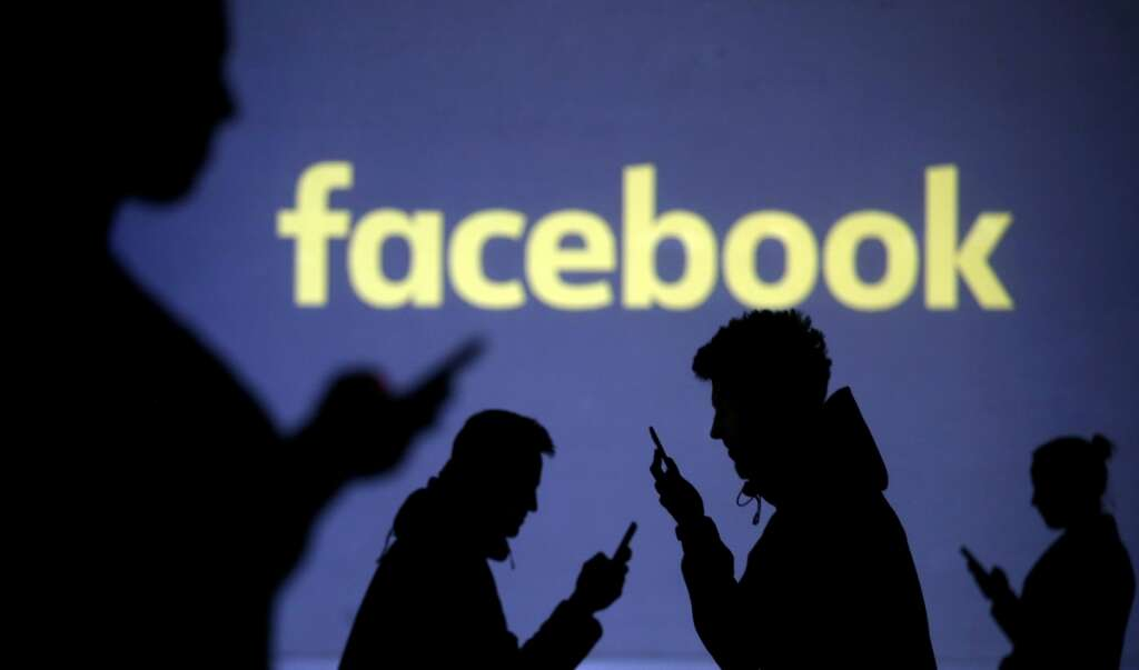 Facebook to verify identities for political ads - Khaleej Times