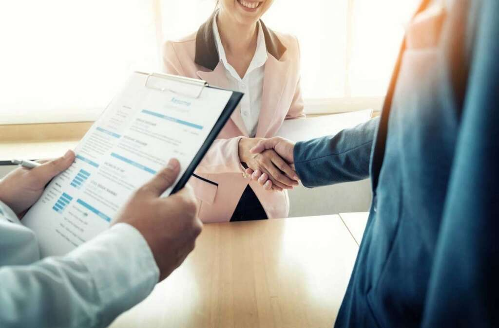 UAE jobs offering up to Dh25,000 salary - News | Khaleej Times