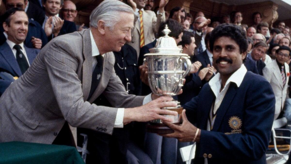 Indian legend Kapil Dev with the 1983 World Cup trophy. (ICC Twitter)