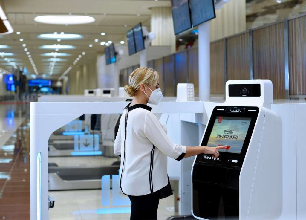 Emirates, check-in, self-service check-in, covid-19, coronavirus, flights, travel