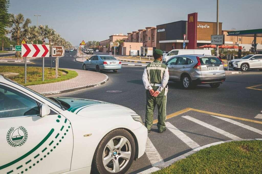 Dubai Police, traffic fine discount, 100% discount, driving in Dubai