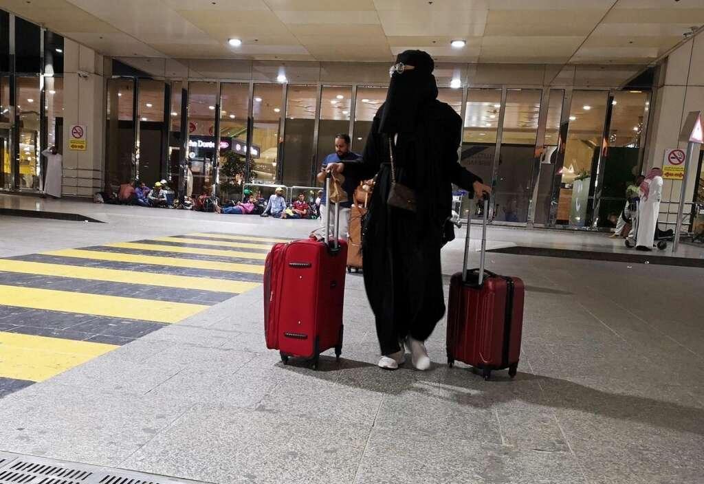 UAE coronavirus , coronavirus  in UAE, 2019-nCo, Wuhan coronavirus, India, Bihar, health, China, warning, travel, China virus, mers, sars, Wuhan, Coronavirus outbreak, tourists, Visa, Flight, Middle east, Bahrain, Kuwait, Iran, Italy