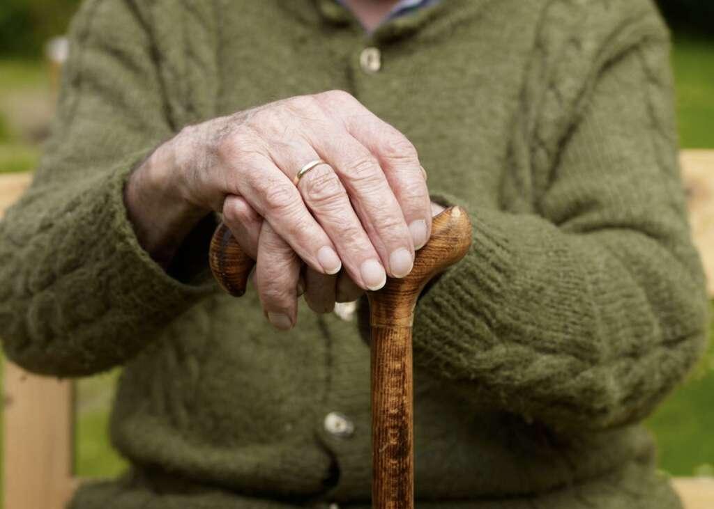 Combating, covid19, coronavirus, 81-year-old Emirati, miraculous recovery
