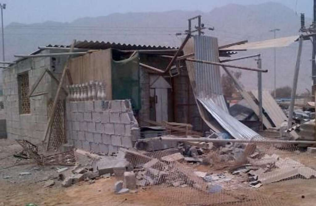 RAK Municipality demolishes makeshift houses for projects