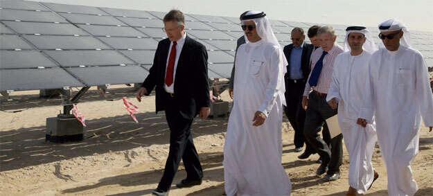 Dewa chief reviews progress on solar park