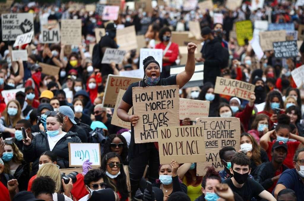 London, protesters, death, George Floyd, face masks, defying, coronavirus, restrictions, Boris Johnson