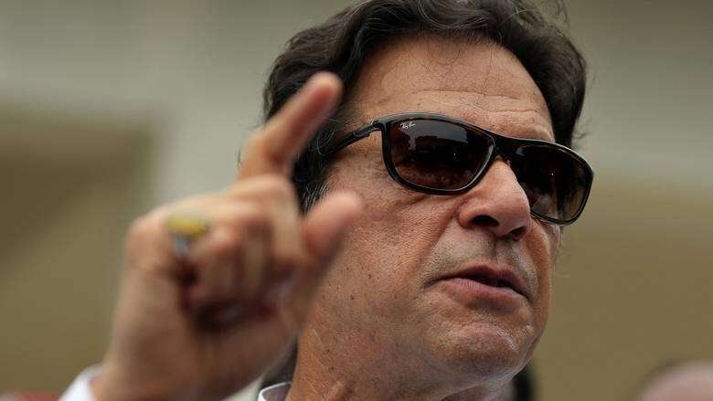 social media, viral video, Pakistan,  Imran Khan