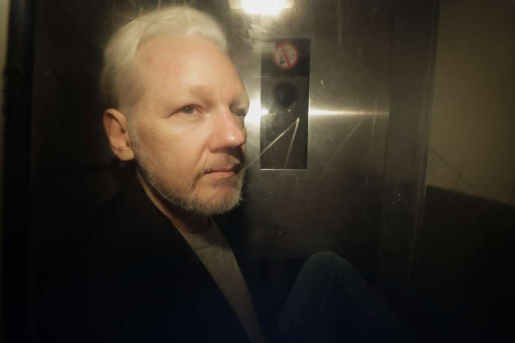 Assange, Julian Assange, WikiLeaks, Britain, extradite, US