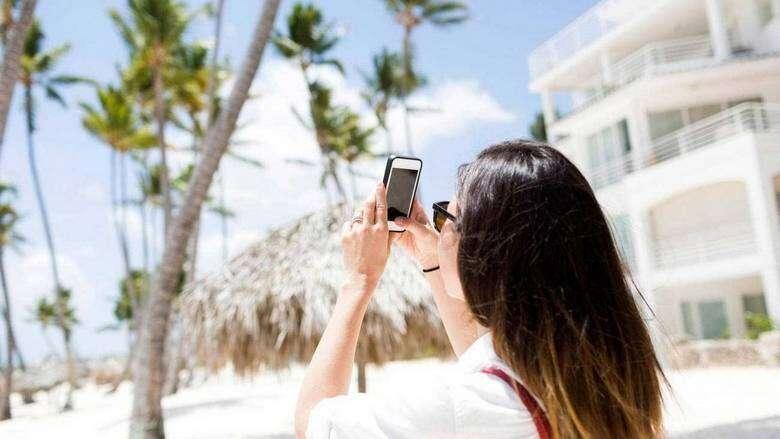 dh500,000, posting, photo, online, permission, uae, online, social media, legal view