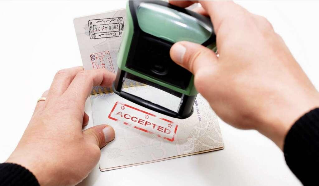 UAE visa renewal for widows, divorced women within 48 hours