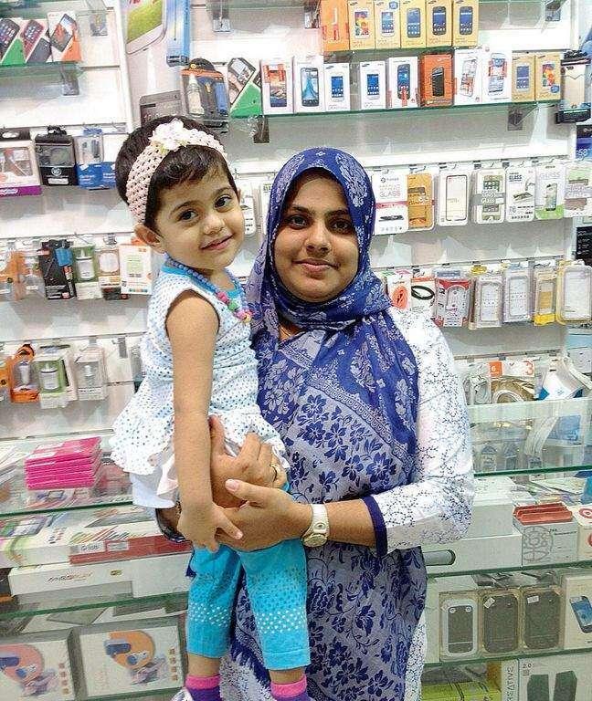 Pregnant woman, child die in Dubai car crash
